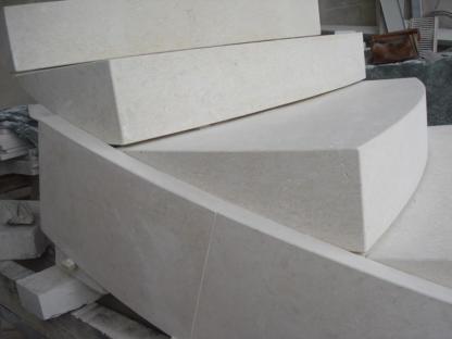 Realizzazione Scala In Pietra Progettazione E Posa Scale In Pietra
